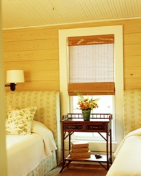 Guest Bedroom in Farmhouse Style